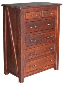 Early American Rustic Chest Of Drawers In Cherry